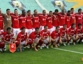 ЦСКА обяви 10 футболисти за непродаваеми - червените започват тежки преговори за Мболи