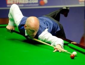 Колеблив Ебдън все пак достигна 1/8-финалите в Глазгоу