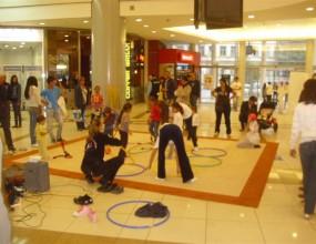 """Гимнастичките от клуб """"Левски Триадица"""" показаха уменията си в Mall Sofia"""