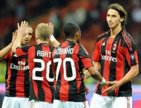 Милан гони победа над Аякс, ще я посвети на Берлускони