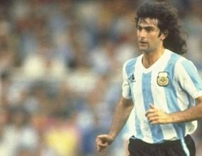 Стадион в Аржентина ще носи името на Марио Кемпес
