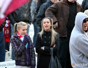 Мутри плашат фенове на ЦСКА - не им дават да си купуват билети