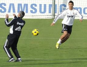 Моуриньо обяви 21 футболисти за Милано