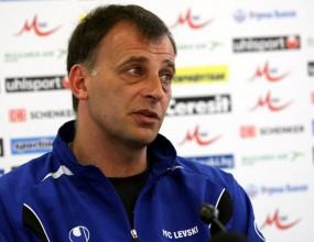 Стоян Стефанов тренира на пълни обороти