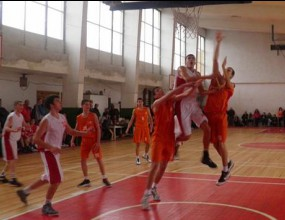 Кадетите на Лукойл Академик с победа срещу Овергаз