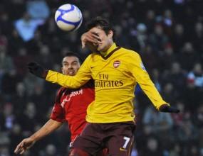 Арсенал се сгромоляса след еуфорията с Барса