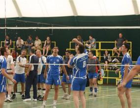"""Вижте кадри от старта на работническия волейболен турнир в """"Албена"""" (видео)"""