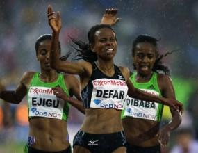 Дефар устиска победата на 5000 м на Диамантената лига в Осло