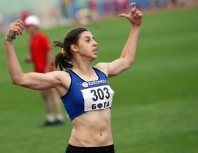 Галина Николова покри норматива за СП и на 200 м