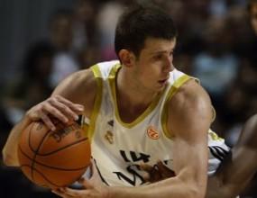 Новица Величкович ще продължи кариерата си в Панатинайкос