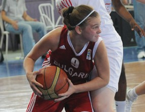 България се класира за полуфиналите на европейското до 16 г.