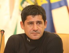 Гонзо остава официалният треньор на Левски до 15 декември