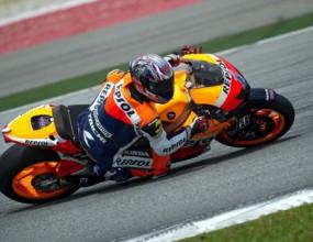 Силен дъжд осуетява втория тест на MotoGP в Малайзия, Стоунър и Спийс най-бързи