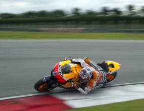 Стоунър и Педроса най-бързи в последния ден от тестовете в Малайзия