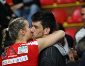 Волейболист заби колежка в Италия