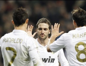 Петзвезден Реал Мадрид помете Еспаньол след шоу на Кака и Пипа (видео)