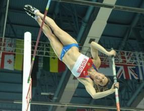 Само три състезания за Исинбаева преди Олимпиадата