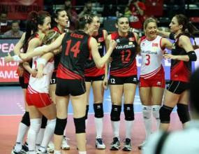 Турция с втора чиста победа в Анкара след 3:0 над Хърватия