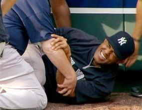 Ривера скъса връзка преди загуба на Янкис в Канзас Сити (видео)
