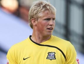 Синът на Петер Шмайхел ще ходи на Евро 2012