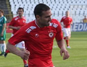 Бивш футболист на ЦСКА става съотборник на Хичо и Сърмов