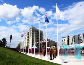 Олимпийското знаме беше издигнато днес