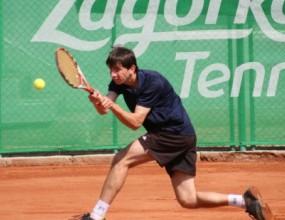 Александър Лазов се класира за полуфиналите