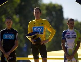 Уигинс влезе в историята със спечелването на обиколката на Франция