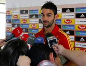 Адриан: Преговарям единствено с Атлетико