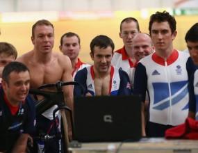 Крис Хой ще носи британския флаг на олимпиадата