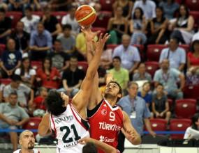 България се представи добре, но загуби от Турция (ВИДЕО + ГАЛЕРИЯ)