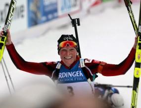Тора Бергер спечели старта на 15 км в СК по биатлон, българките извън първите 80