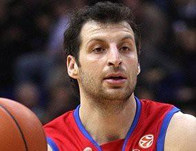 Тео Папалукас е пред завръщане в ЦСКА (Москва)