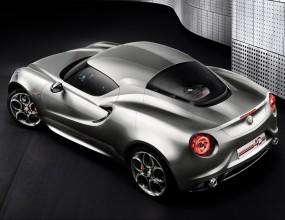 Alfa Romeo 4C излиза до края на годината