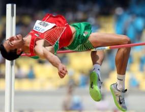 Нинов участва на три турнира в Чехия