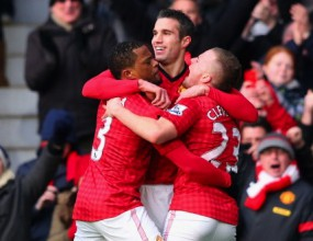 """Ван Перси поведе Ман Юнайтед към дубъл срещу Ливърпул в страхотно дерби на """"Олд Трафорд"""" (видео)"""