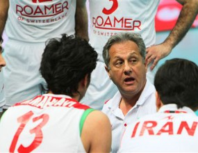 Хулио Веласко остава начело на Иран