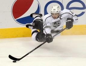 Шампионът Лос Анджелис с първи успех в НХЛ