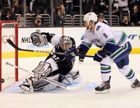 Шампионът Лос Анджелис с втора поредна победа в НХЛ