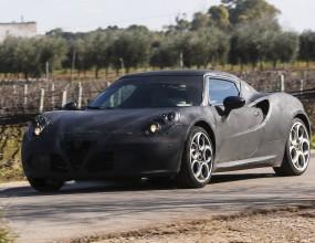 Alfa Romeo 4C тества на воля из Италия