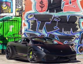 Lamborghini, две турбини и графити