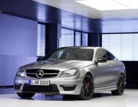 Mercedes представи по-мощен C63 AMG Edition 507