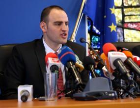 Петър Стойчев участва в тренировка на деца с увреждания