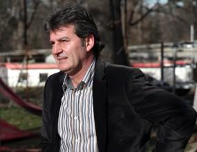 Костадинов ще говори с Платини заради картона