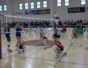 Деси Николова и Соверато атакуват плейофите в Серия А2