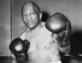 Сенатът на САЩ прие резолюция за помилване на боксьора Джек Джонсън