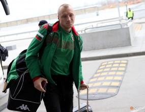 Торино следи български национал