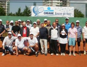 30 медии участват в СИБАНК държавното по тенис за журналисти