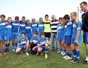 """Йордан Йовчев посети децата на Левски, които ще участват във """"Футбол за приятелство"""""""