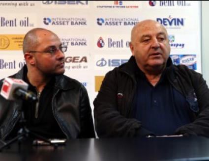 Букарев: Целим се в горната половина на таблицата